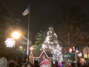Virtual Town Tree Lighting